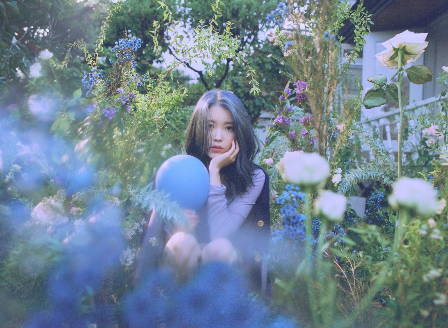19' IU_LOVE POEM 5th mini album